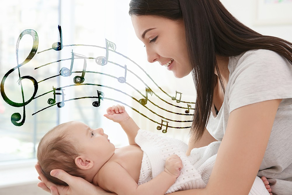 7 Benefits of Singing Lullabies to Your Baby